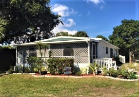 2555 PGA Blvd,Florida 33410,4 Bedrooms Bedrooms,2 BathroomsBathrooms,Mobile Homes,PGA Blvd,1021
