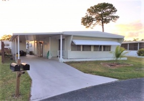 6445 Birch Ln,Florida 33462,2 Bedrooms Bedrooms,2 BathroomsBathrooms,Mobile Homes,Birch Ln,1028