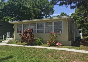 2555 PGA Blvd,Palm Beach Gardens,Florida 33410,2 Bedrooms Bedrooms,2 BathroomsBathrooms,Mobile Homes,PGA Blvd,1048