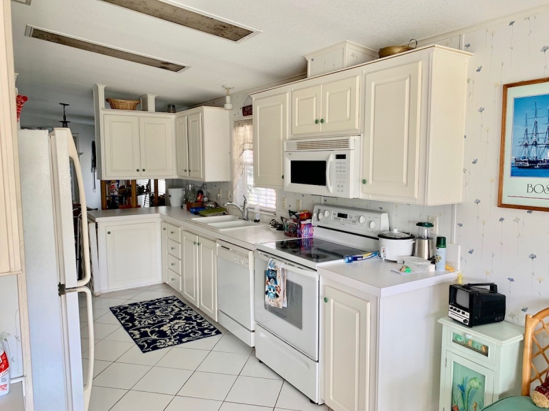 2555 PGA Blvd. #452, Palm Beach Gardens, Florida 33410, ,Mobile Home (In Park),For Sale,PGA Blvd. #452,1057